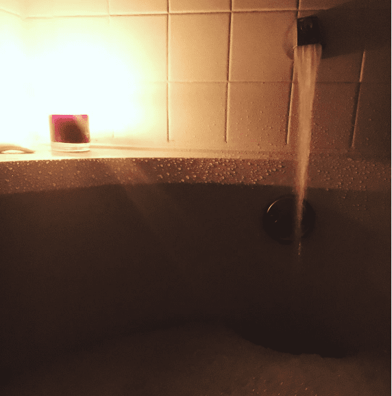 I gave up baths for full-time travel, but I remember this tub well.